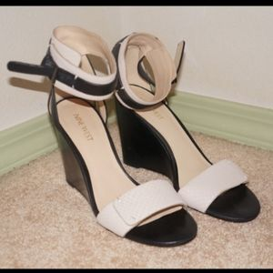 Nine West Ankle wedge Sandals